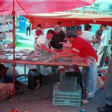 Decomisan elementos de tianguis y bazares en la CDMX