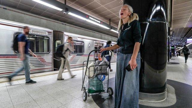 La crisis de personas sin hogar en Estados Unidos