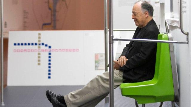 11/06/15 lance-wyman-diseño-metro/ Wyman en el metro