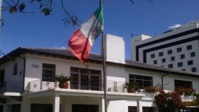 México resguarda a diplomáticos de Ecuador ante conflictos