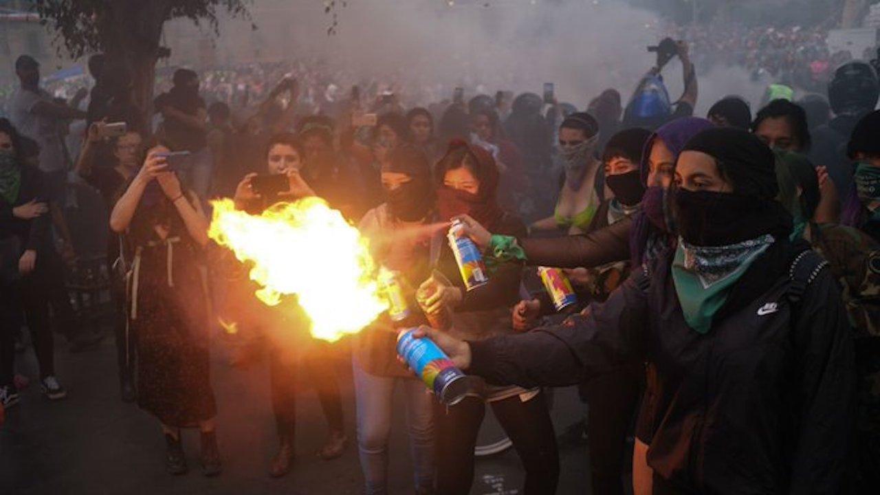 Morena no quiere encapuchados en la marcha del 2 de octubre