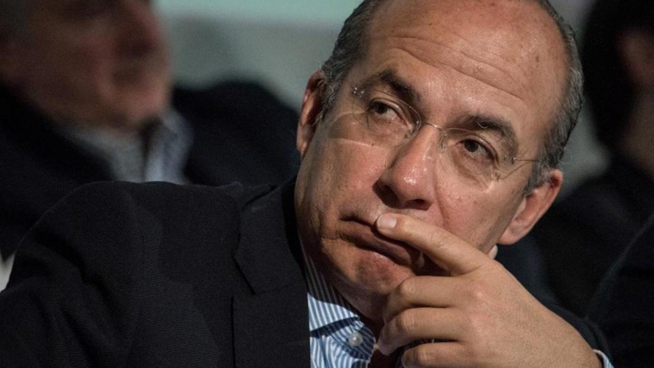 Más de 18 mil firmas contra conferencia de Calderón en TEC