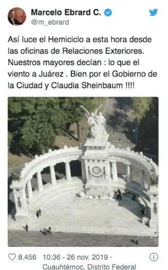 Yalitza muestra apoyo a feministas tras limpieza de monumentos.