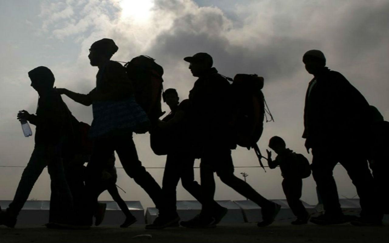 AMLO Ofrece 4 mil Empleos Ante Llegada De Caravana Migrante