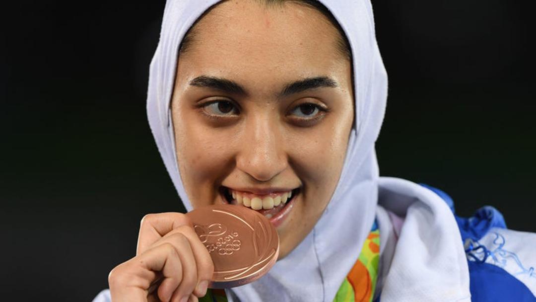 Kimia Alizadeh Medallista Olimpica Iran Deserta