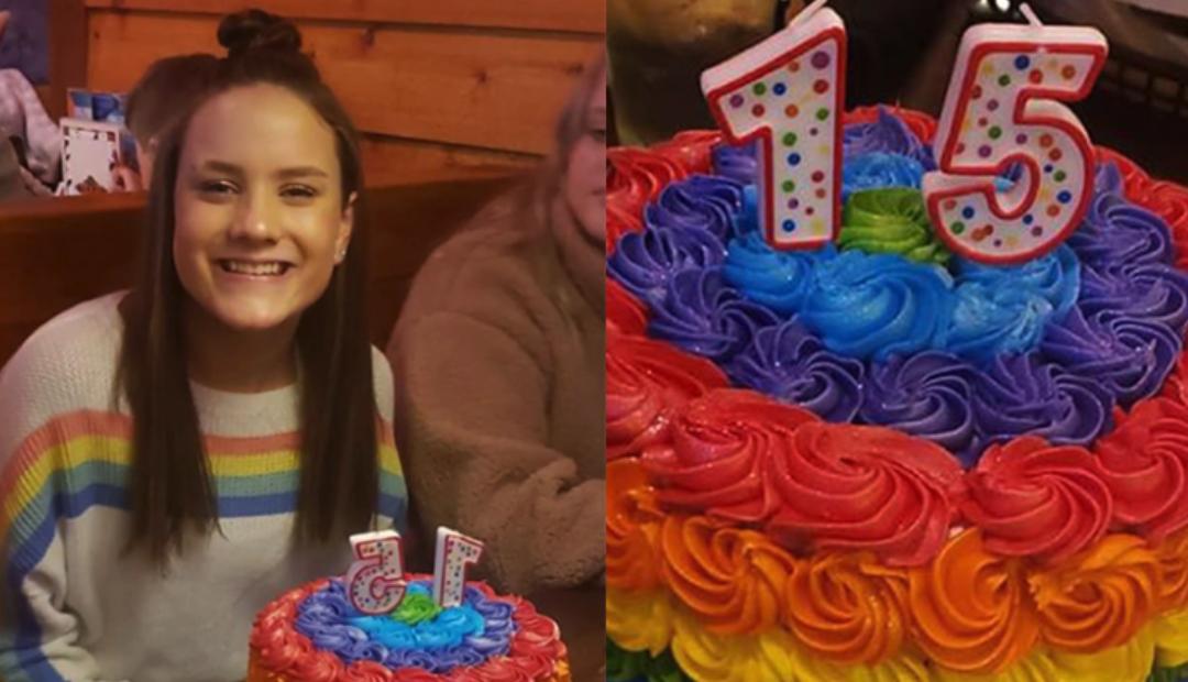 Escuela cristiana expulsa a alumna por comer pastel arcoíris.