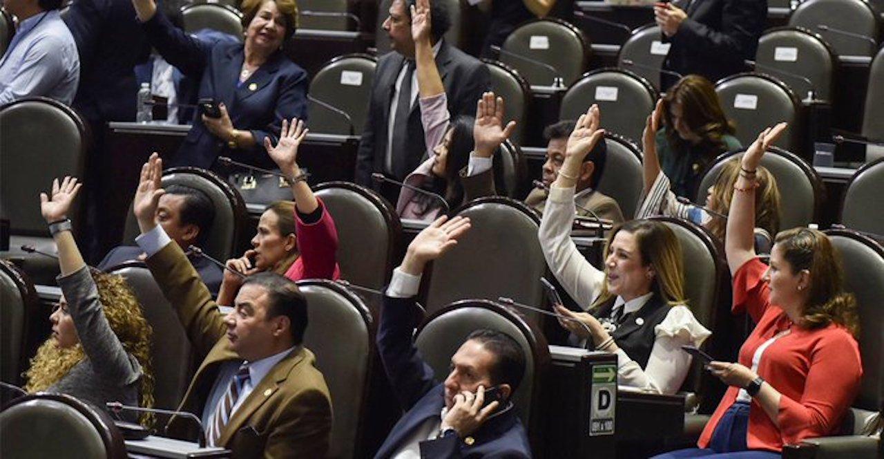 Cámara de diputados avala la destitución de funcionarios que encubran a pederastas(Imagen: La Vanguardia)