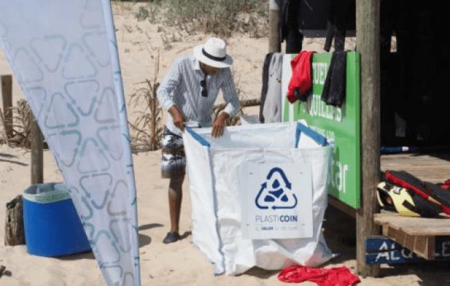 ¿Reciclar plástico puede ayudar al medio ambiente y a una mejor economía?