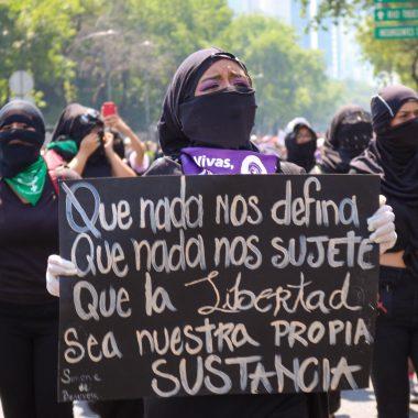 ¿Qué es y cómo se tipifica el feminicidio?(Imagen: Plumas Atómicas / Sofía Salcedo)
