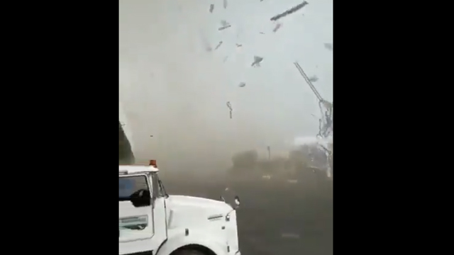 capturan-video-tornado-apodaca-nuevo-leon