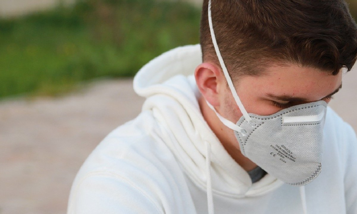 Presuntamente hispanos y negros con Covid-19 podrían sufrir más daño pulmonar que las personas blancas, el daño pulmonar es 1.5 veces mayor
