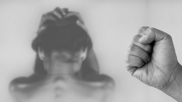 Las expertas de la ONU hacen un llamado para tomar medidas urgentes porque Covid-19 provocó pandemia de violencia de género y discriminación contra mujeres