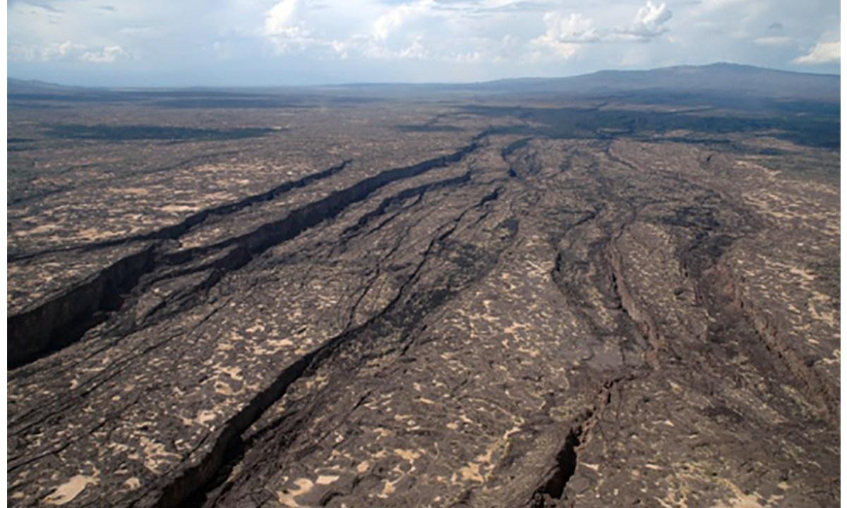 África, de acuerdo con los géologos, se está dividendo en dos, lo que daría origen a una nueva cuenca oceánica