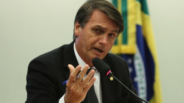 El presidente de Brasil, Jair Bolsonaro, presentó síntomas de Covid 19 y se realizó la prueba. Los resultados se esperan para este martes