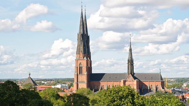 La Iglesia de Suecia tiene más sacerdotisas que curas y aún así se les paga menos que a los hombres