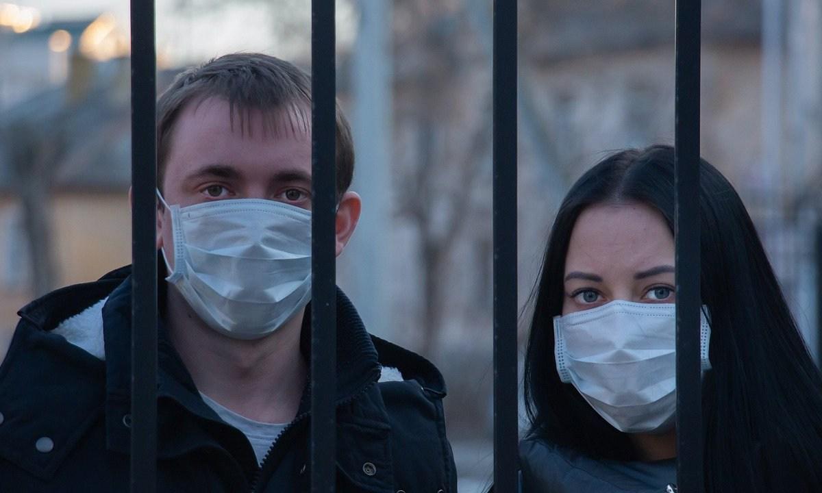 El gobierno de Turkmenistán insiste en que el país nunca ha tenido un solo caso de coronavirus, impuso uso obligatorio de cubrebocas por polvo