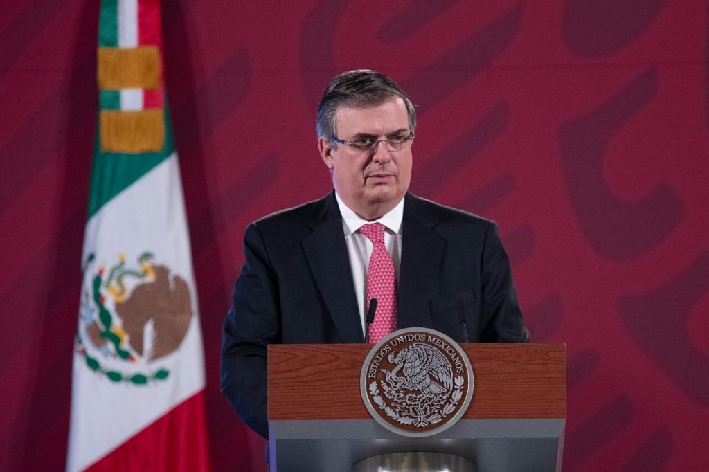 Marcelo Ebrard anuncia que tres laboratorios probarán vacunas contra COVID-19 en México