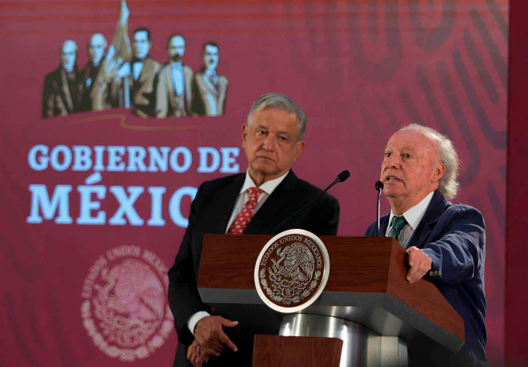 Víctor Toledo presenta su renuncia a la SEMARNAT. (Foto: Presidencia de México)