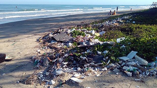 Hay entre 12 y 21 millones de toneladas de plastico, microplásticos, en el océano Atlántico de acuerdo a un nuevo estudio