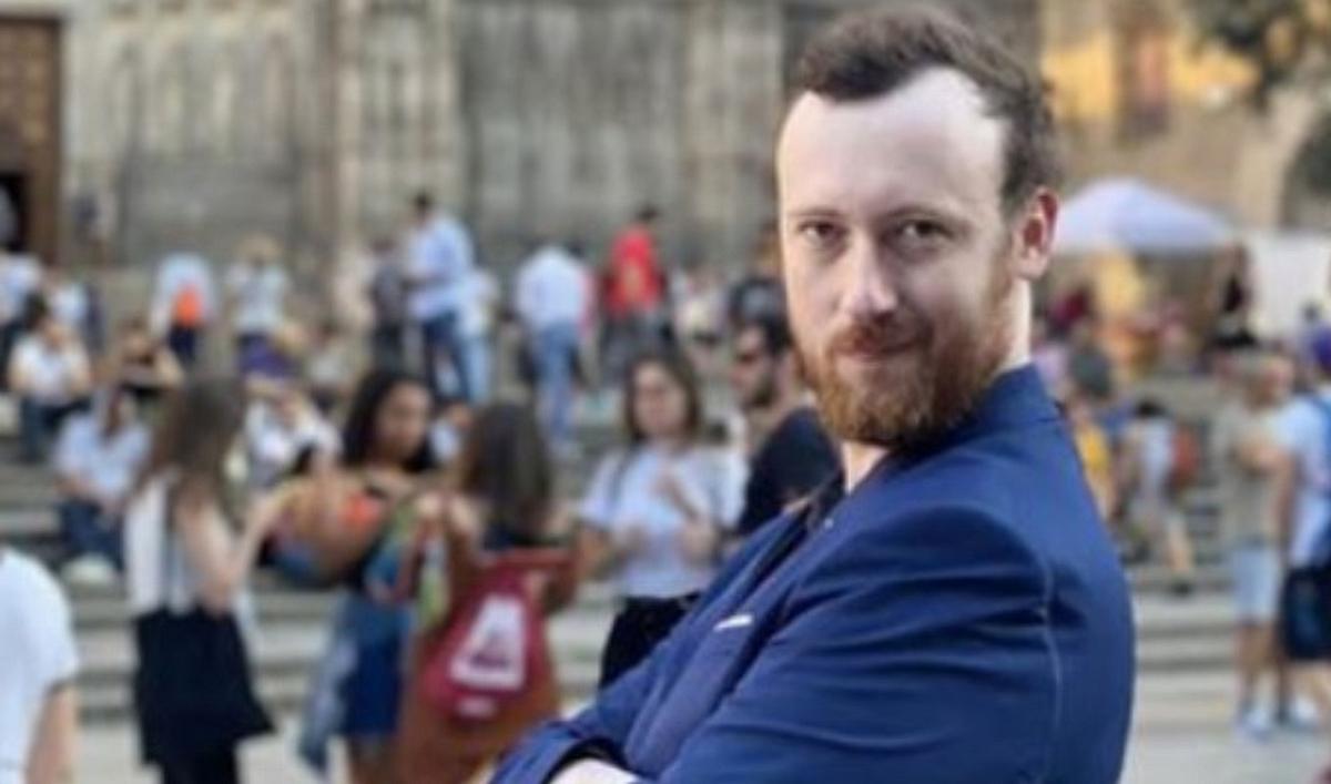 Acosador australiano investigado trata de personas México