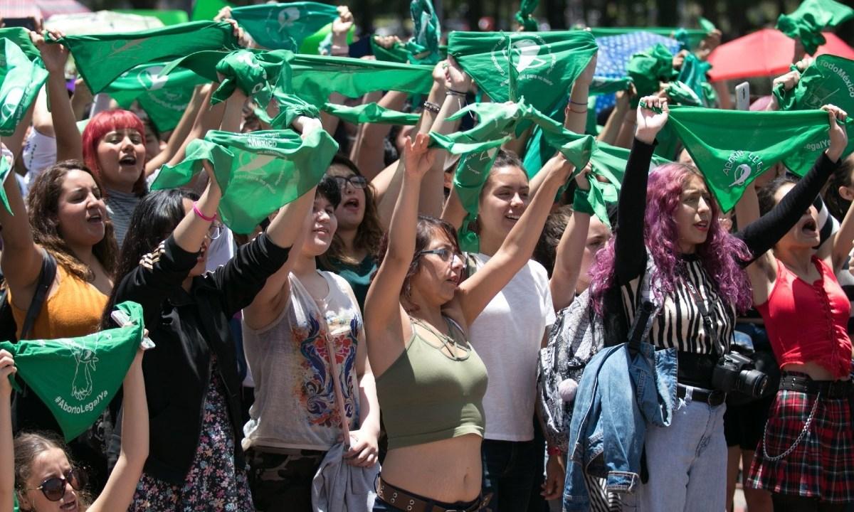 Feministas acompañan y guían abortos caseros en Sinaloa