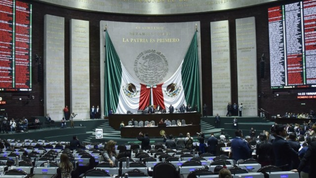 Diputados aprueba eliminar fuero presidencial; pasa al Senado