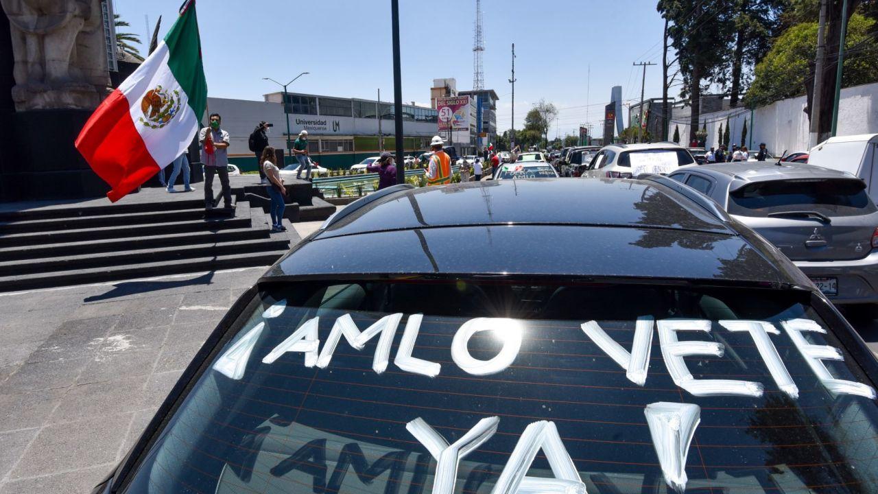 Qué es y quién está detrás del Frente Nacional Anti-AMLO (FRENAAA)