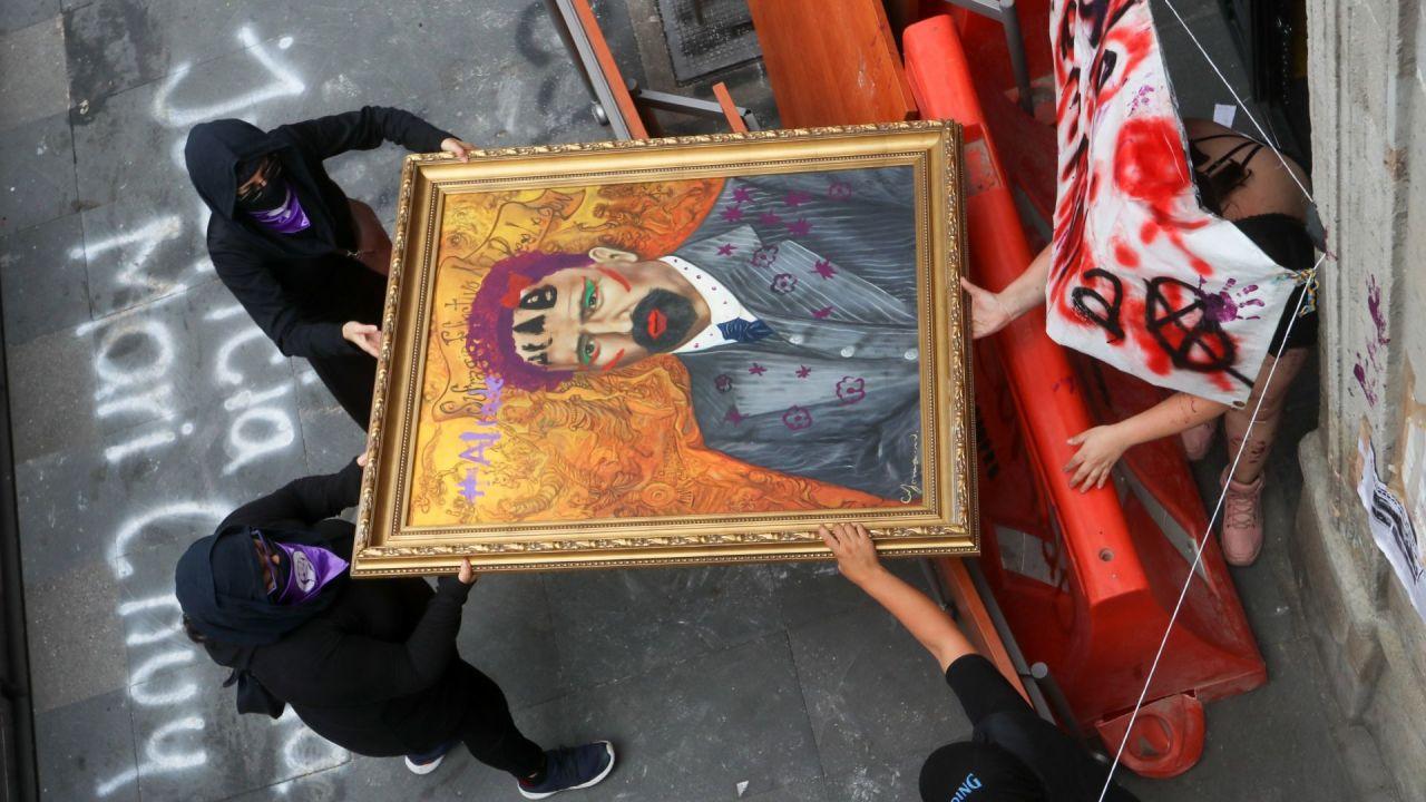 Lamenta AMLO 'vandalismo' en oficina de la CNDH
