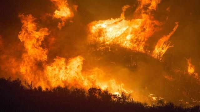 El termómetro está alcanzado temperaturas nunca antes vistas, mientras los incendios en California devoran hectáreas de bosques