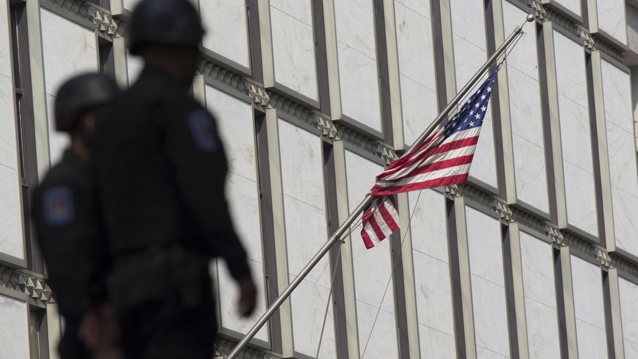 Brian Jeffrey Raymond fue detenido por la violación de 20 mujeres mientras era funcionario de la Embajada de Estados Unidos en México