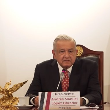 El presidente de México, AMLO, en el G20 pide que vacuna contra COVID-19 sea gratuita y universal para todos