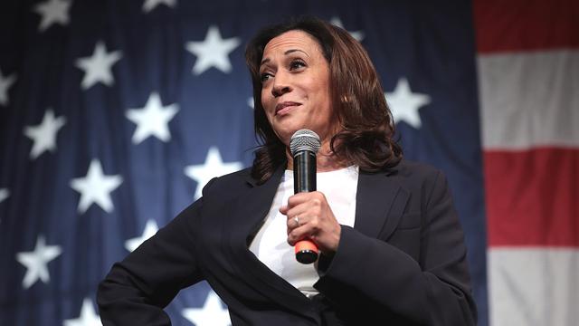Kamala Harris, candidata demócrata a la vicepresidencia, sería la primera mujer afroamericana en asumir el cargo en la historia de EE.UU.