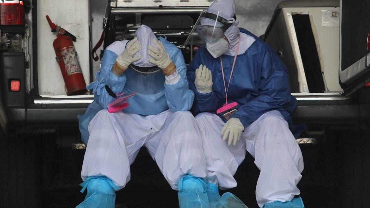 Médicos Toluca estallan COVID-19