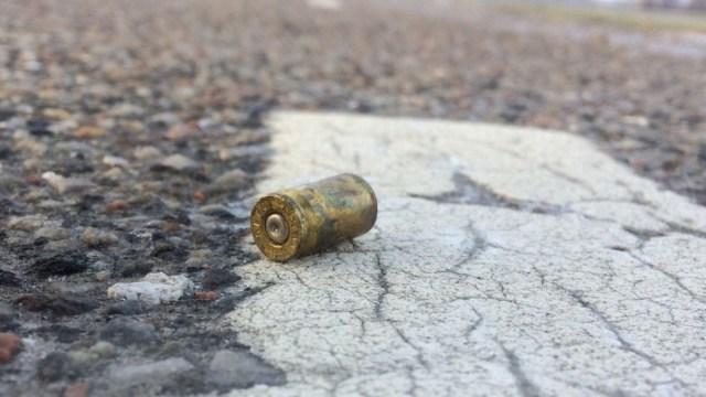Chapitos levantarán a las personas que disparen al aire libe en Año Nuevo