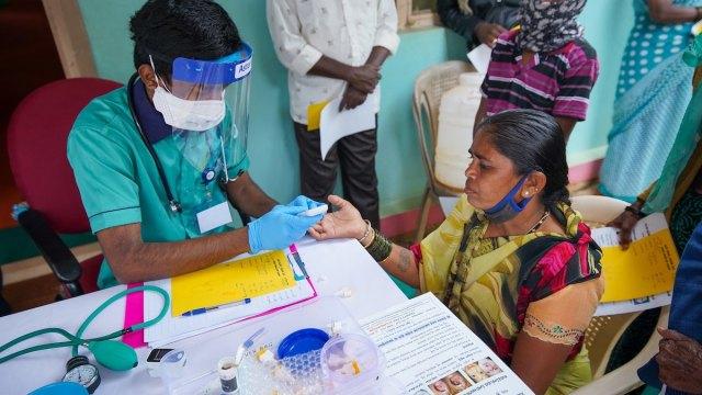 India supera los 10 millones de casos por la pandemia de la COVID-19