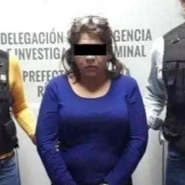 Ataca a su esposo con un cuchillo por encontrarle fotos íntimas de una mujer