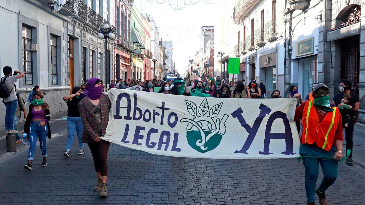 La bancada de Morena promoverá la discusión del aborto legal en México en la Cámara Permanente del Congreso
