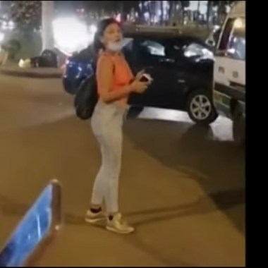 Mujer escupe pasajera pidió usara cubrebocas transporte público Perú