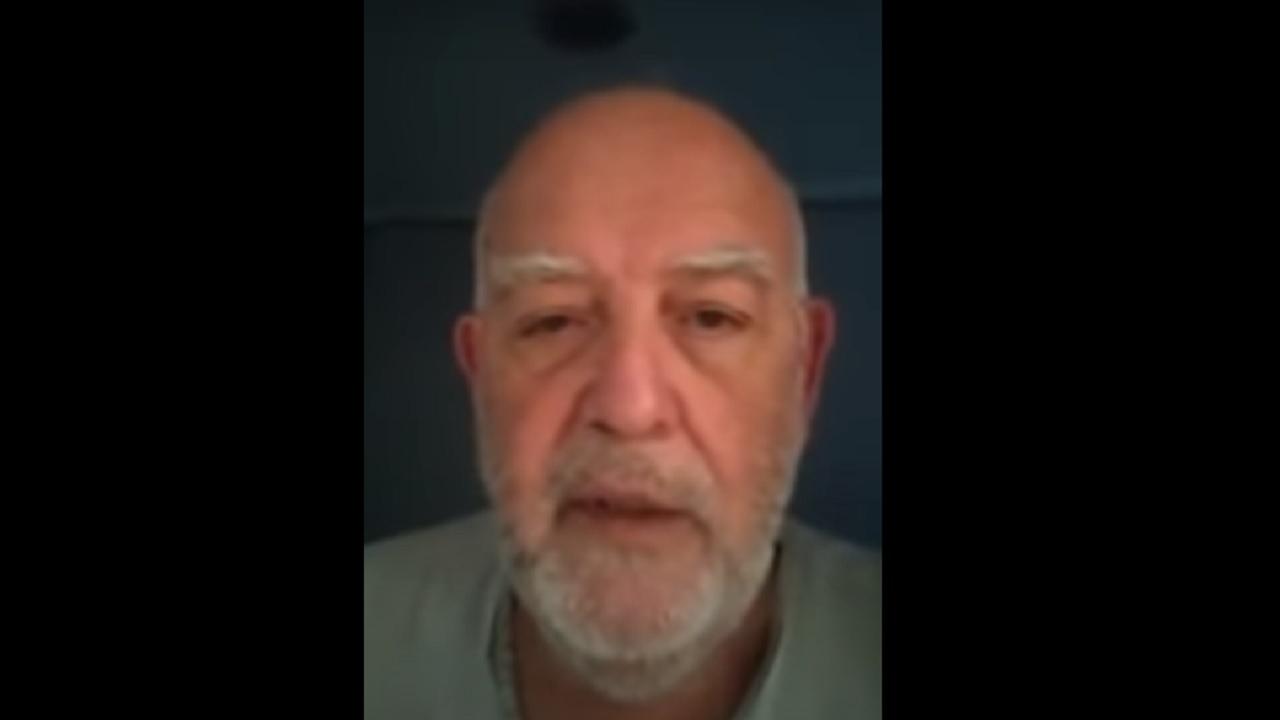 video médico renunció irresponsabilidad gente COVID-19