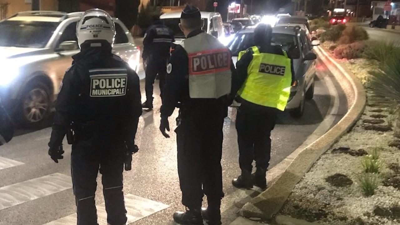 100 personas multadas violar confinamiento acudir a orgía Francia