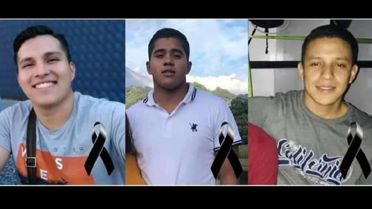 Encuentran tres jóvenes fosa clandestina Manzanillo