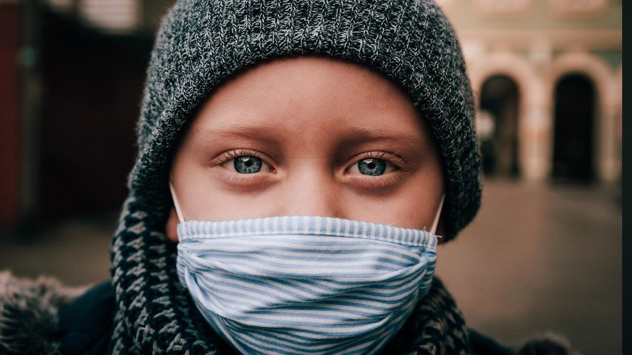 Fiestas decembrinas dispararon contagios de Covid-19 en niños