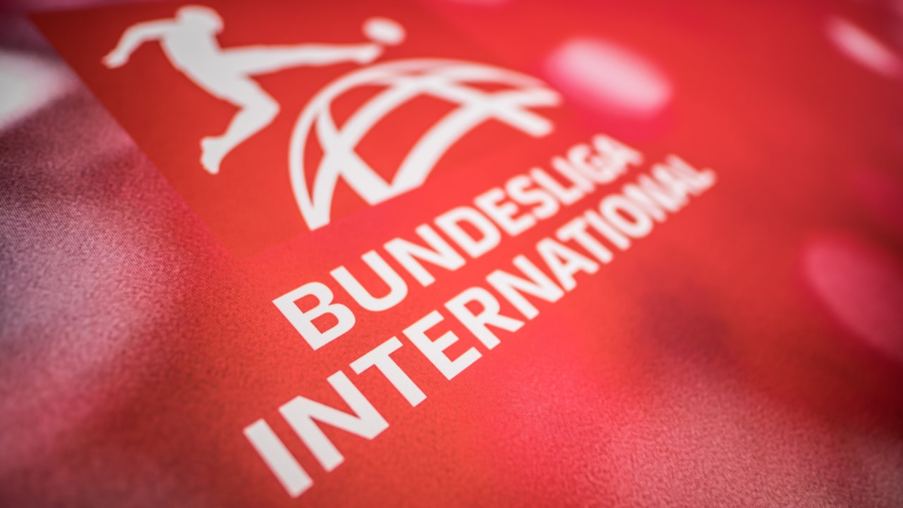 Más de 800 futbolistas de Alemania ofrecen apoyo a jugadores homosexuales