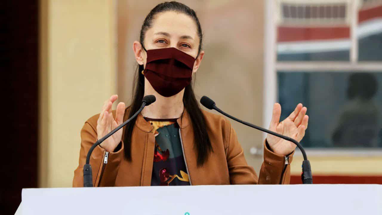 """Dada la cantidad de usuarios, Claudia Sheinbaum dice que """"no estaría mal"""" que Estado de México ayudará la CDMX a cubrir gastos del metro"""