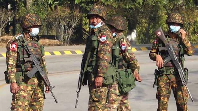 descarga masiva app mexicana golpe de Estado Birmania
