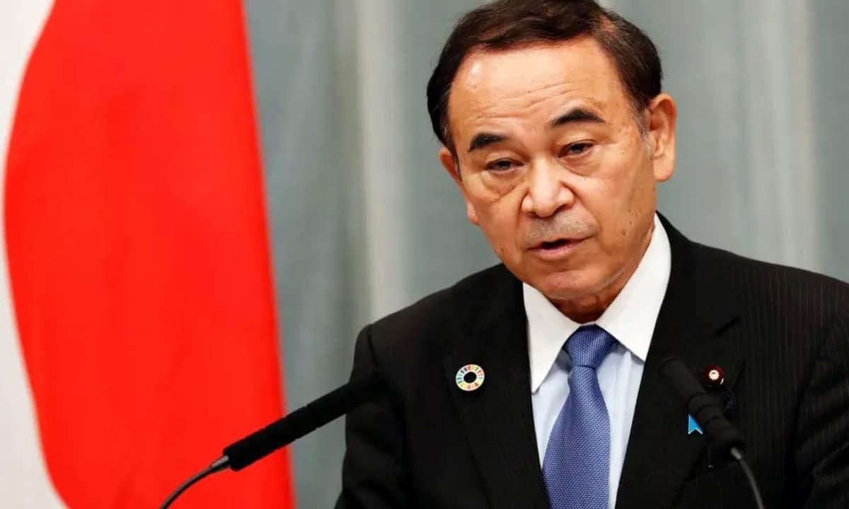 Japón nombró a su primer ministro para soledad, buscan combatir suicidios en pandemia