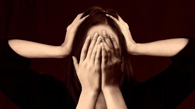 Alumnas y maestras han denunciado casos de abuso sexual por parte de miembros del UNISTMO. Asimismo señalaron al SUNEO por negligencia.