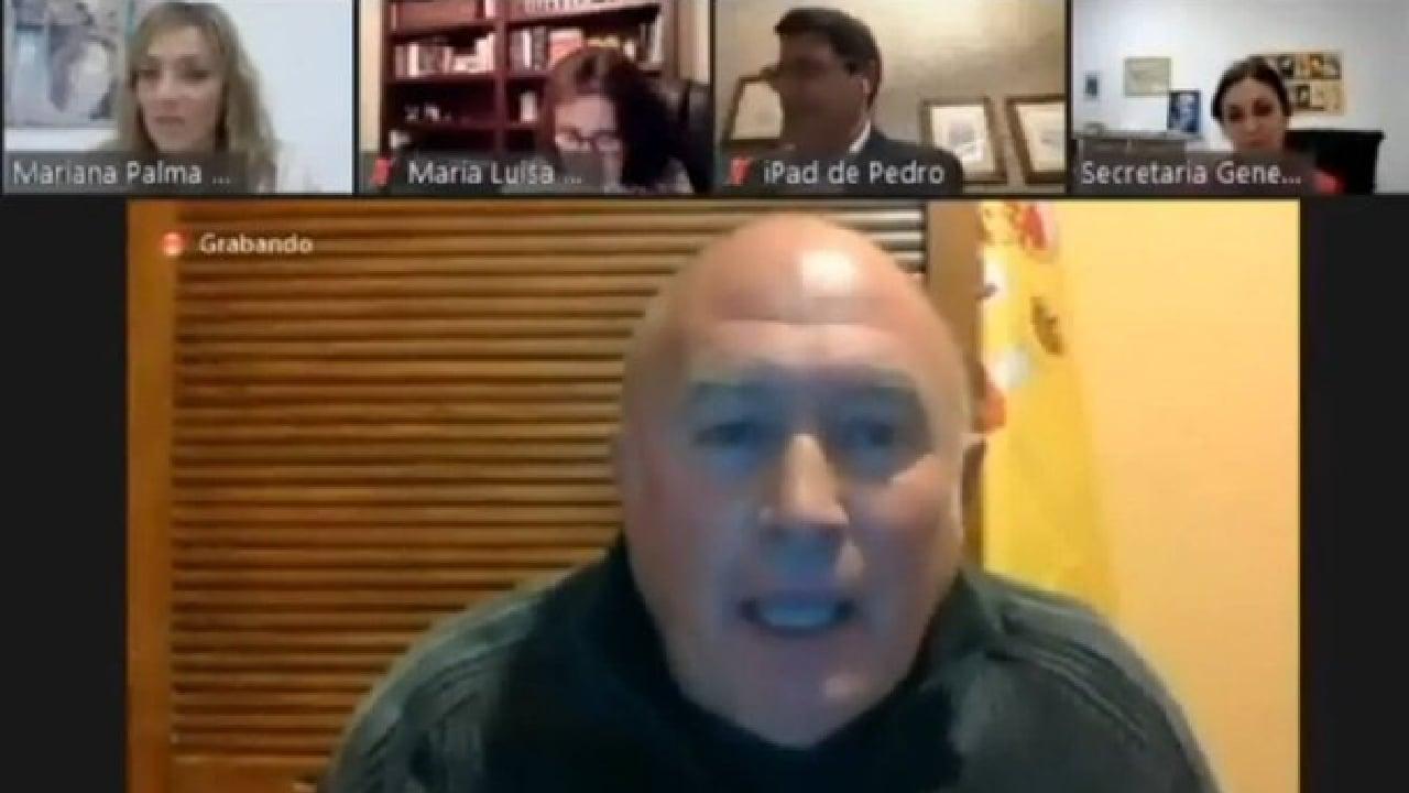 En Baza, España, el portavoz de Vox: Rafael Azor, señaló que a las mujeres de verdad les gusta que las piropeen.