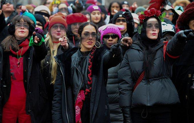 REsistencia es el nuevo acto del colectivo Las Tesis contra la violencia de género