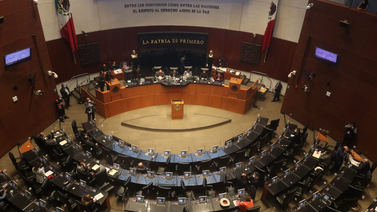 Senado aprueba reformas igualdad salarial mujeres hombres